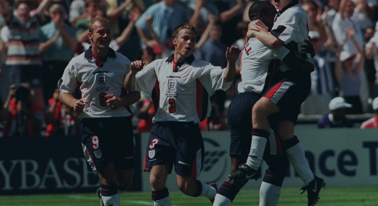 World Cup 1998 (group G )england 2 Tunisia 0. Paul Scholes Jumps Into Sol Campbell's Arms After Scoring England's Second Goal As Alan Shearer And Graham Le Saux Join In.
